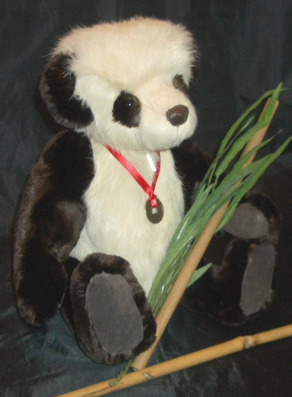 Jane woodard 39 s heir bears handmade heirloom teddy bears for Andy panda jardin